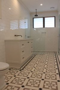 200X100 WALL TILES - NEWPORT PATTERN + GLEBE BORDER + INFILL
