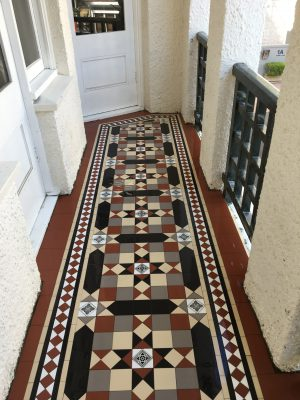 MELBOURNE PATTERN + NORWOOD BORDER + EXTRA STRIPS + INFILL